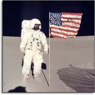 מיטצ'ל על הירח